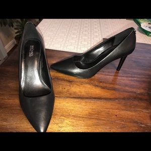 Michael Kors Dorthy Pumps Size 7